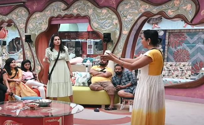 Bigg Boss: Early Clashes Set The Tone For Season 3