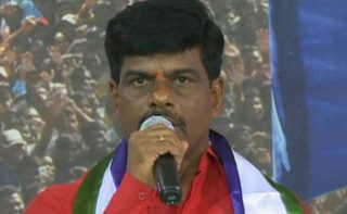 Jagan angry with MP for threatening Kia staff?