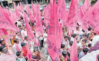 J&K issue to hit TRS prospects in civic polls?