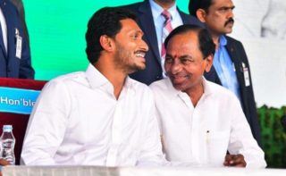 Jagan proves tough nut to crack for KCR!