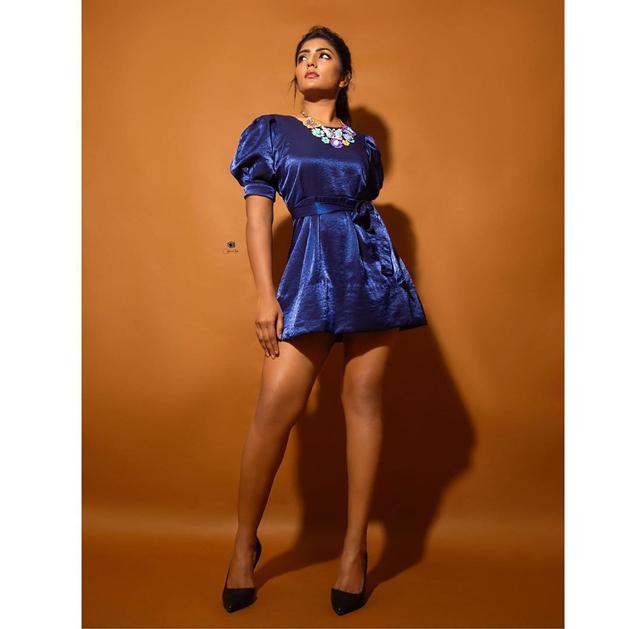 Photo Story: Telugu Girl's Glamour At Full Display!