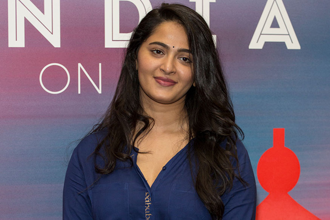 Will Anushka Accept Mahesh's Script?