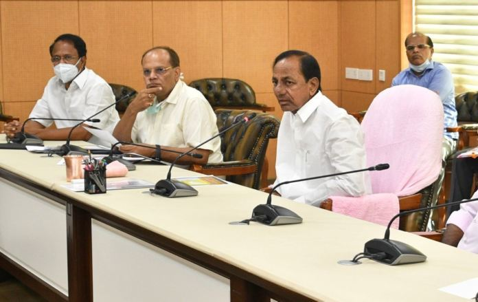 Why KCR is taking too much risk?