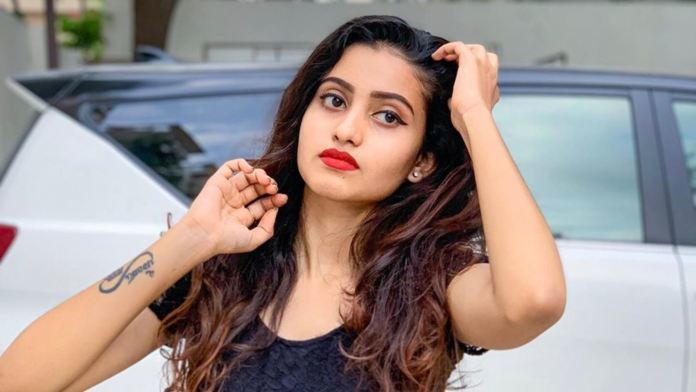 Telugu TikTok beauty eyeing Tollywood debut now?