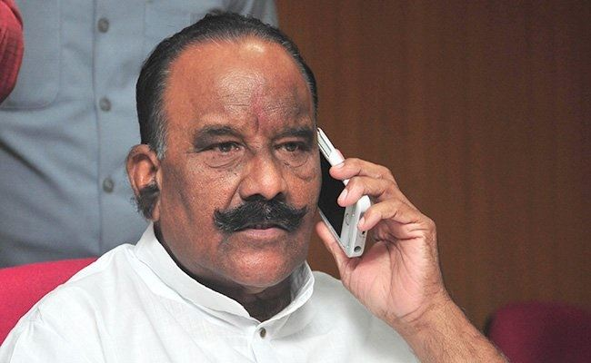 Former Minister Nayani Narasimha Reddy is no more..!