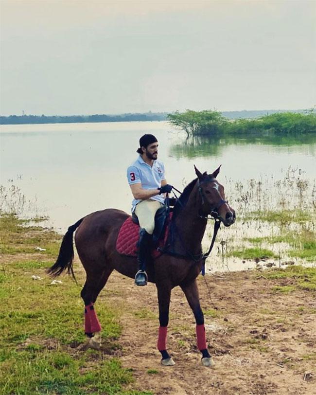 Akhil Akkineni Enjoys Ride On His Horse 'Gizelle'