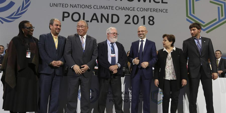 Leaders fete 5 years of Paris climate pact, without US