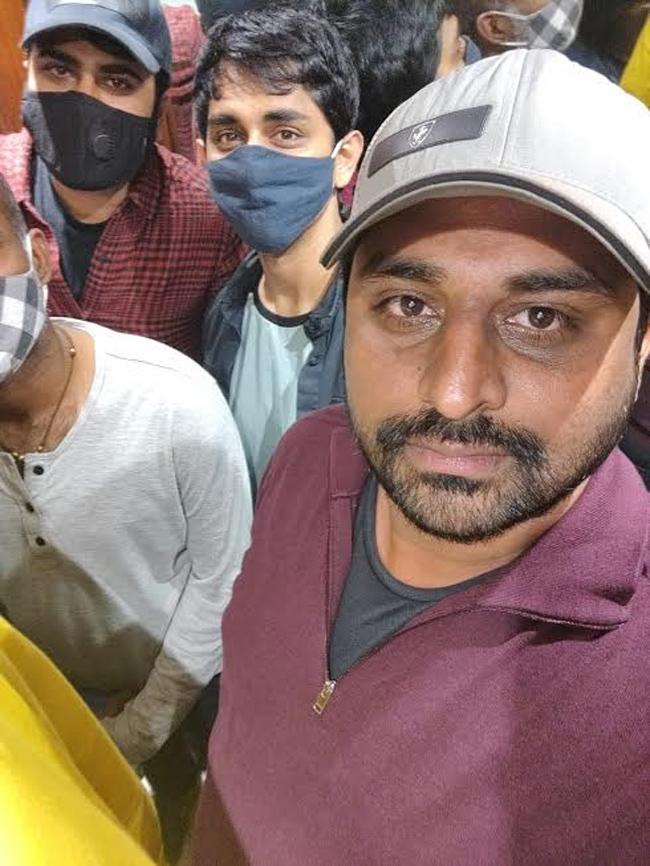 Team 'Mahasamudram' Goes Unnoticed In Vizag's Jagadamba Theatre!