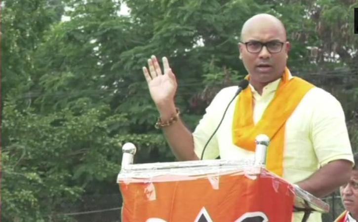 Netizens vent ire at Nizamabad MP Dharmapuri Arvind over turmeric board denial