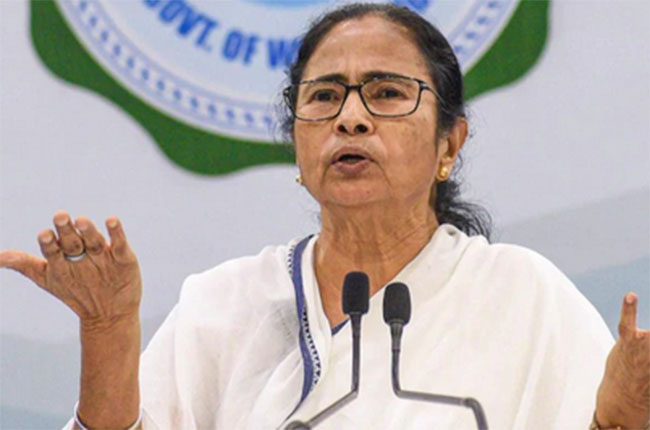 Mamata Banerjee accepts BJP's challenge to contents from crucial constituency