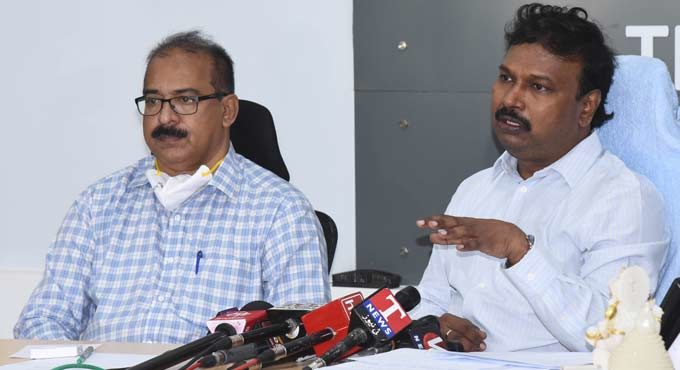 No intention of imposing a lockdown in Telangana: Dr. Srinivasa Rao