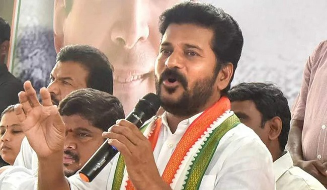 Out from quarantine, Revanth joins Jana Reddy's campaign
