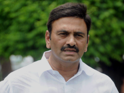 MP Raghurama sought clarification from Jagan over exclusion from YSRCP website