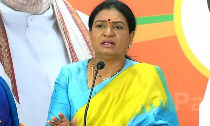 T'gana-BJP leader DK Aruna met MLA Komatireddy Rajagopal Reddy