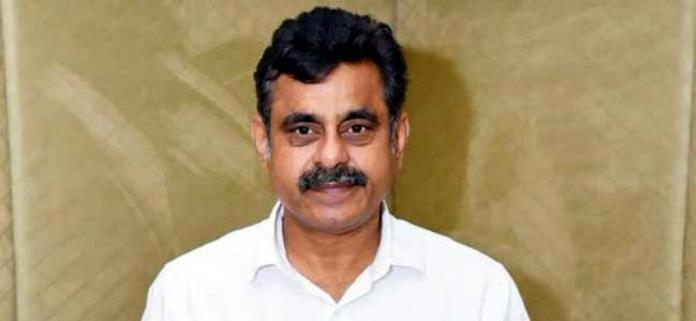 Konda planning a re-entry in TRS?