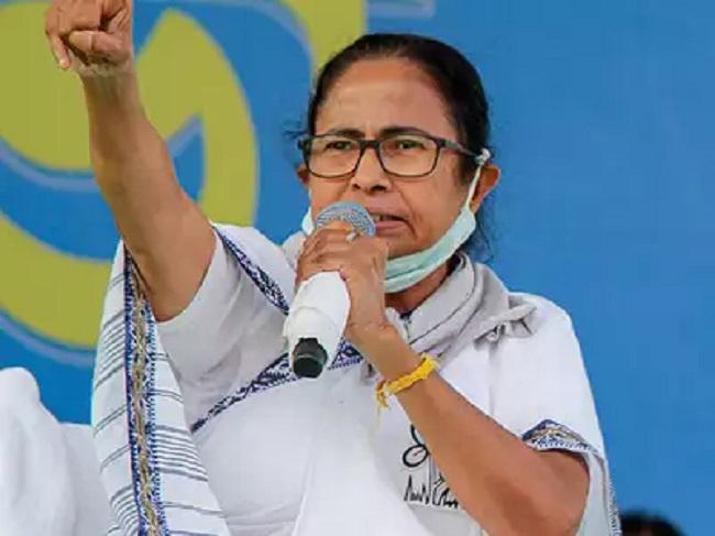 Mamta Banerjee to expand TMC emerge as national leader