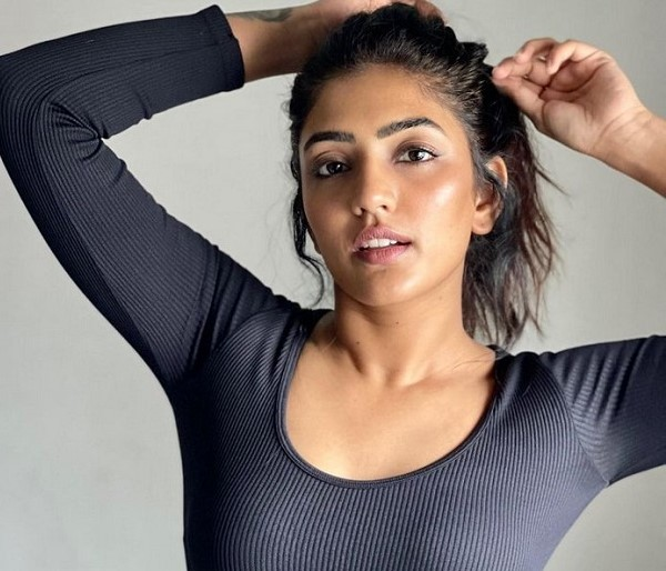 Pic Talk: Telugu Beauty Eesha Teases In A Titillating Pose!